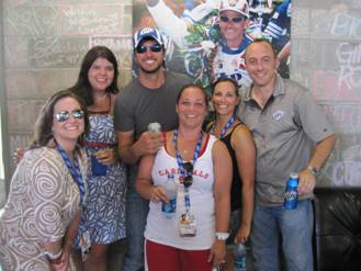 Fans go cross country with luke bryan sounds like nashville for How did luke bryan s sister and brother die