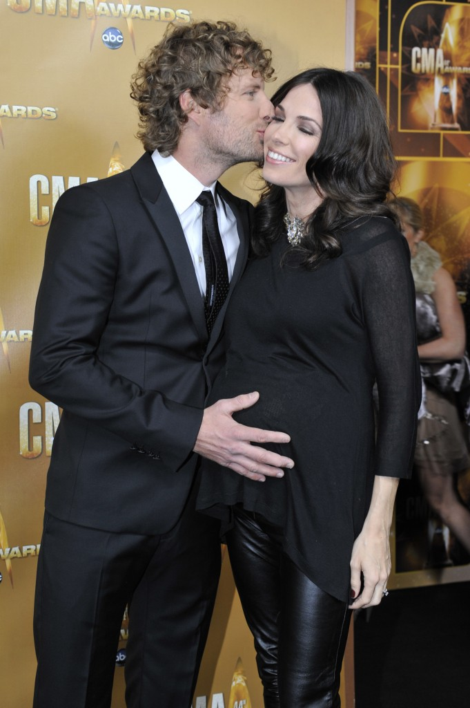 Baby Bumps On The Black Carpet Sounds Like Nashville