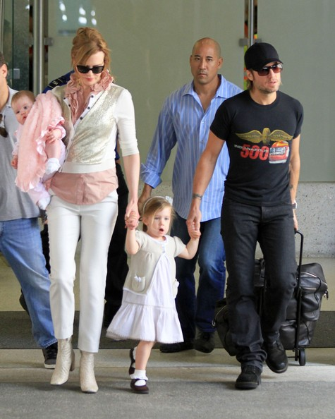 Photo Keith Urban Family Arrive In L A Sounds Like