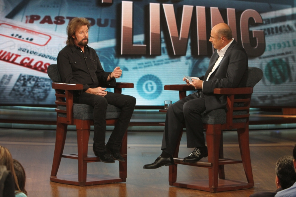 """Ronnie Dunn's """"Cost of Livin'"""" Sets the Theme for Episodes ...  Dr Phil Show Set"""