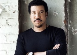 Lionel Richie Releases New Details on 'Tuskegee,' Due March 27
