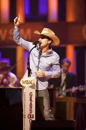 Dustin Lynch Steps Into Grand Ole Opry Circle