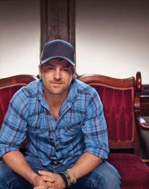 Kip Moore's 'Somethin' Bout A Truck' Tops the Charts for Second Consecutive Week