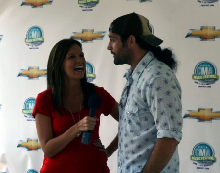 2012 CMA Music Festival – CountryMusicIsLove Chats with Josh Thompson, Lee Brice, Jerrod Niemann & MORE at the Chevrolet Riverfront Stage
