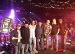 Colt Ford Gets Surprise Plaque During First Annual Colt Ford & Friends Celebrity Golf Classic
