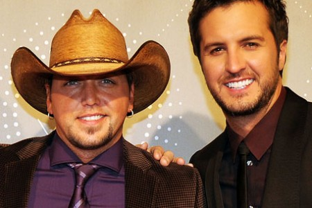 First Presenters and Performers Announced for '2013 CMT Artist of the Year'