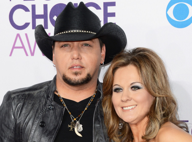 Jason Aldean and Wife, Jessica - CountryMusicIsLove