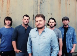 Randy Rogers Band's 'Homemade Tamales Live at Floore's' Brings Show to Stereo
