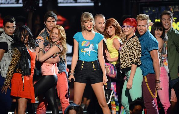 Taylor Swift - 2013 Billboard Music Awards - CountryMusicIsLove