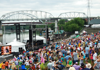2013 CMA Music Festival Riverfront Lineup Announced