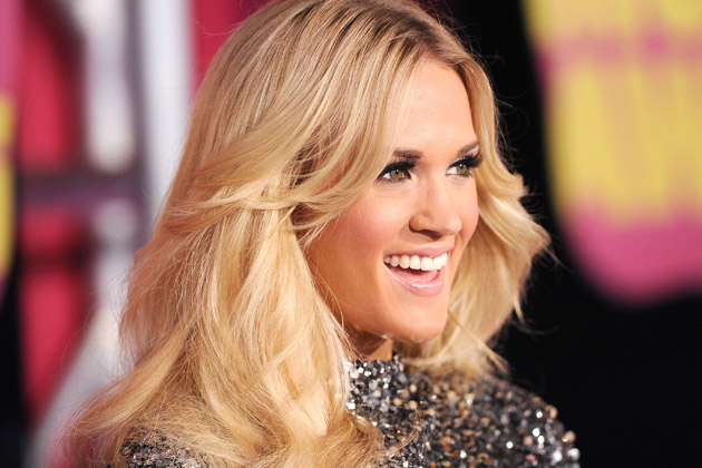 Carrie Underwood To Perform Tribute To Oklahoma Tornado Victims at the 2013 CMT Music Awards