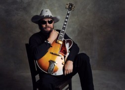 Hank Williams Jr. Kicking Off Summer With 'Old School, New Rules' Tour