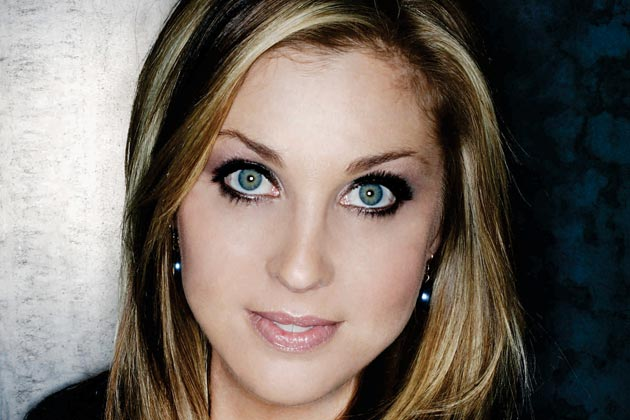 Sunny Sweeney Inks New Record Deal