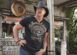 Trace Adkins Enters Rehab After Involvement in Altercation on Country Cruise