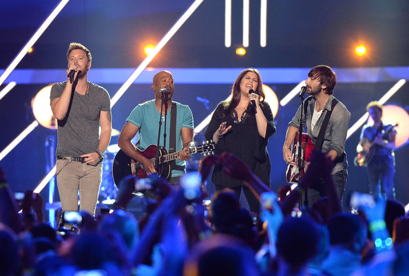 Top Five Moments of the 2013 CMT Music Awards