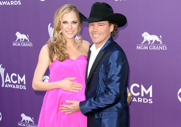 Clay Walker and Wife - CountryMusicIsLove