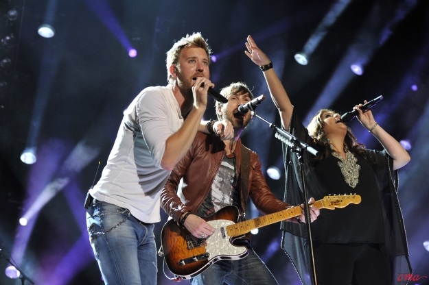 'CMA Music Festival: Country's Night To Rock' To Feature Performances by Luke Bryan, Lady Antebellum, Carrie Underwood + More