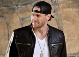 Chase Rice Announces New Single, 'Ready Set Roll'