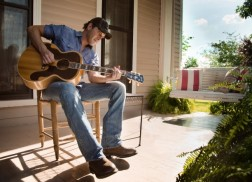 Rodney Atkins to Celebrate Birthday with Live Stageit Show Benefiting Holston United Methodist Home for Children