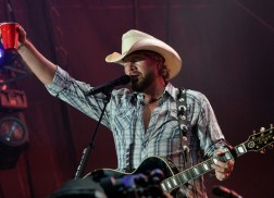 Toby Keith's Oklahoma Twister Relief Concert Raises $2 Million