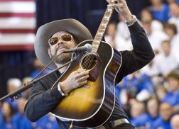 Hank Williams Jr. to Headline Fifth Annual New Year's Eve 'Bash on Broadway'