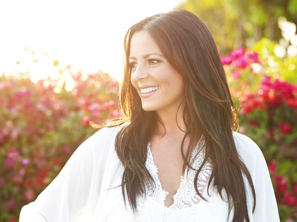 Sara Evans Finds New Label Home at Sugar Hill Records
