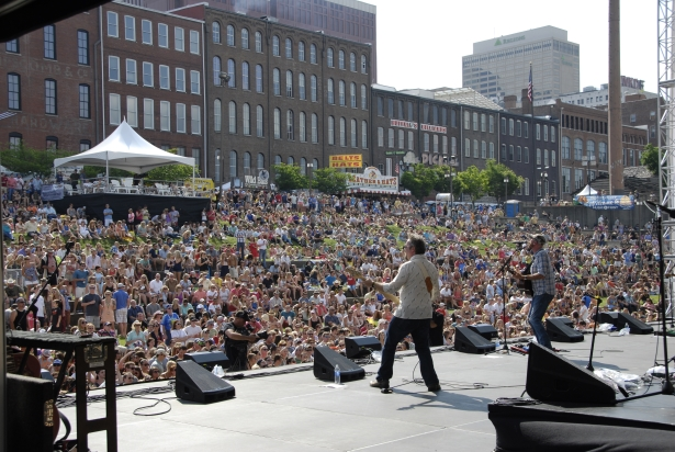2015 CMA Music Festival Chevrolet Riverfront Stage Lineup Announced