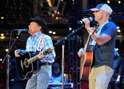 George Strait Sets Record with Final 'Cowboy Rides Away' Show