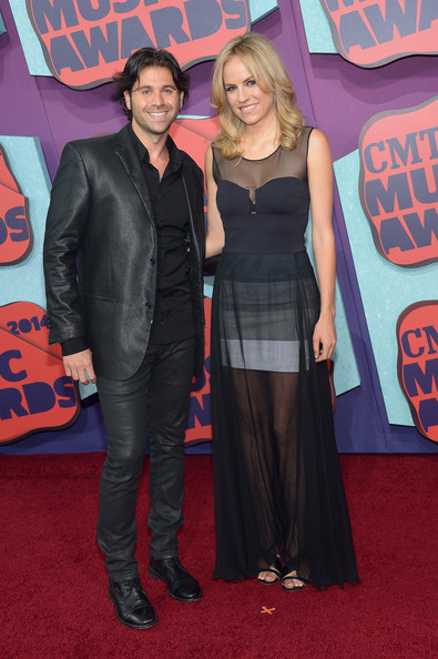 Haley & Michaels - 2014 CMT Music Awards