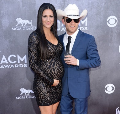 Justin Moore  and Wife