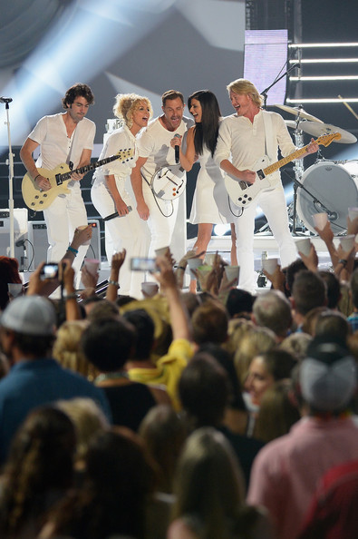 Little Big Town  - 2014 CMT Music Awards- CountryMusicIsLove