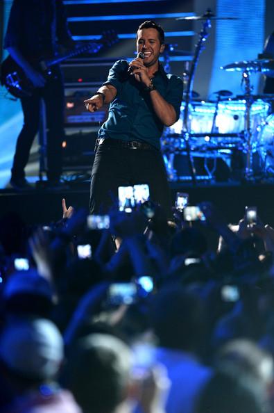 Luke Bryan - 2014 CMT Music Awards- CountryMusicIsLove