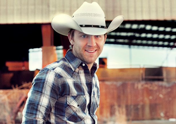 Justin Moore Adds Second Leg Of 'Off The Beaten Path Tour'