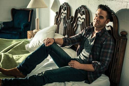 David Nail To Embark On I'm A Fire Tour This Fall