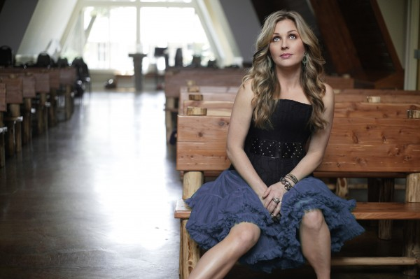 Sunny Sweeney Releases New Single, 'My Bed'