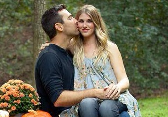 Clara Henningsen of The Henningsens and Husband Expecting First Child