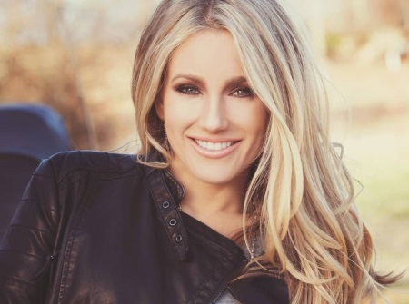 Whitney Duncan Releases New Single, 'Roll All Night'