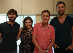 Carrie Underwood, Lady Antebellum & More To Appear on Michael W. Smith Christmas Album