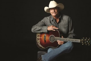 DVD Review: Alan Jackson's 'Keepin' It Country – Live At Red Rocks'