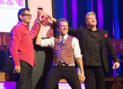 Rascal Flatts 'Flip The Switch' On The Opry's Signature Barn as 'Opry Goes Pink'