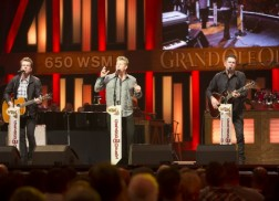 Rascal Flatts to 'Flip The Switch' on Opry's Signature Barn as Opry Goes Pink