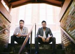 Love And Theft Signs Record Deal with Curb Records
