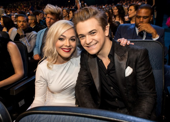 who is hunter hayes dating Yesterday (june 26), hunter hayes released a new video for amen, a song he made available for streaming on his birthday in september 2016 hunter recently revealed to nkd magazine that the upbeat tune was inspired by his longtime girlfriend, libby barnes, saying, libby has been watching me go.