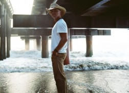 Kenny Chesney Takes 'Save It For A Rainy Day' to the Top