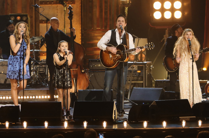 Stars of ABC's 'Nashville' Hit the Road for Spring Concert Tour