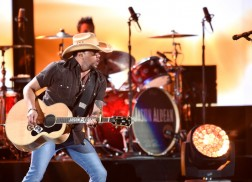 Jason Aldean, Florida Georgia Line To Perform At Country Jam USA