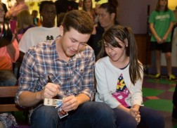 Grand Ole Opry and Scotty McCreery Celebrate 'Cause For Applause'