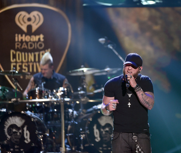 brantley gilbert - 2015 iheartradio country music festival