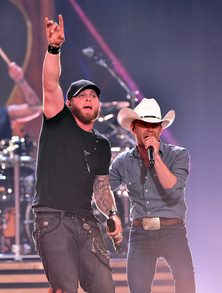 brantley gilbert - justin moore - 2015 iheartradio country music festival
