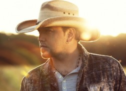 Jason Aldean Goes Back To High School In 'Gonna Know We Were Here' Music Video
